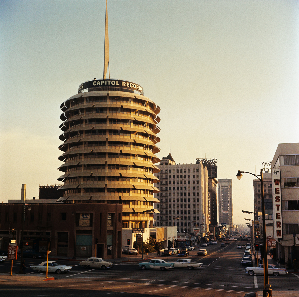 Capital Records Tower - Capitol Studios inside