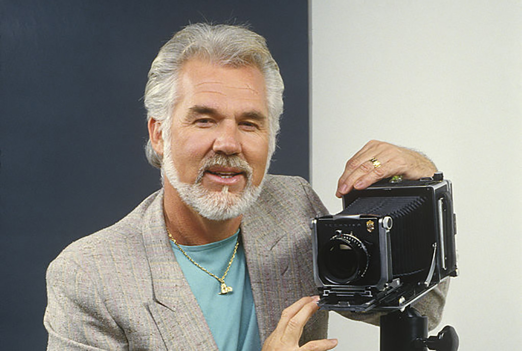 Kenny Rogers with camera