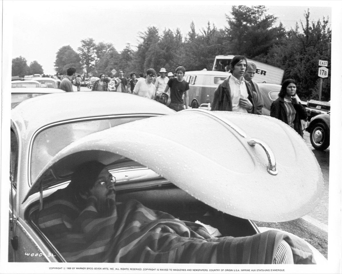 people walking to woodstock in 1969