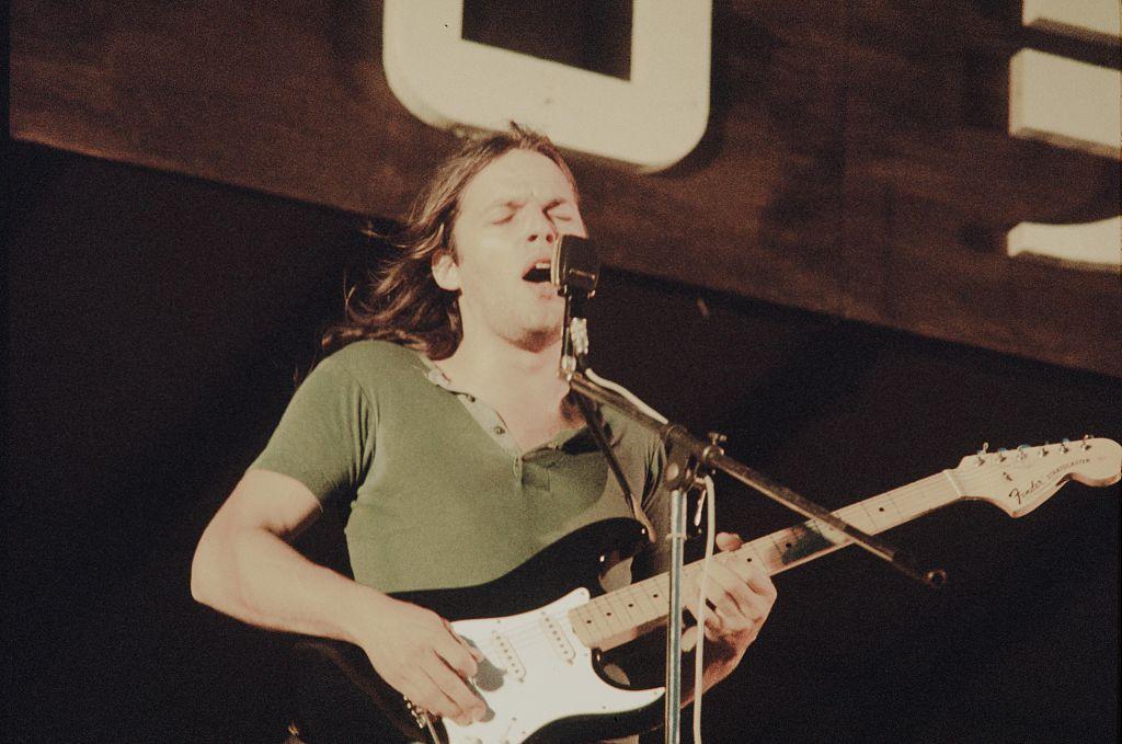 David Gilmour playing and singing