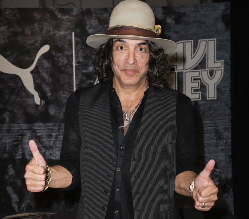 Paul Stanley Should Have Laid Off The Plastic Surgery