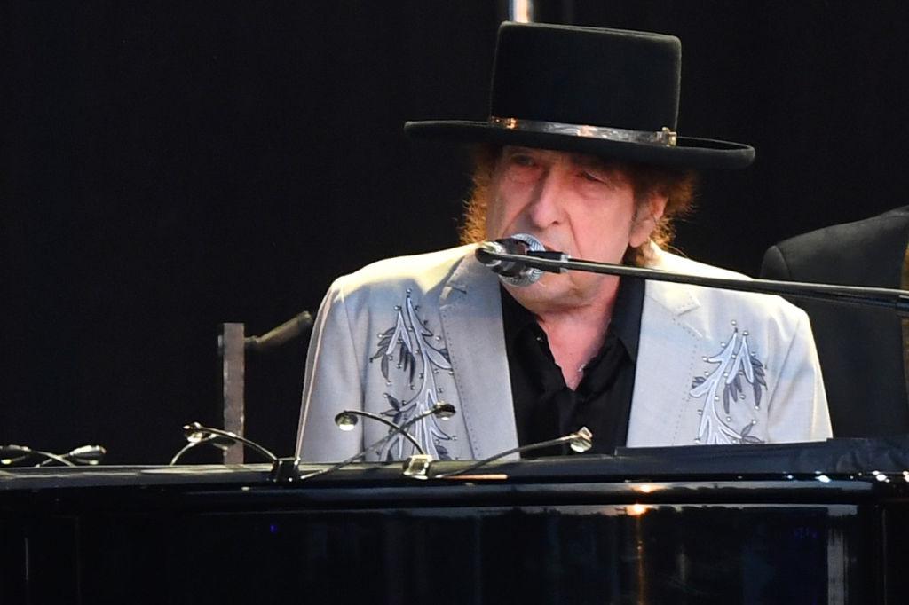 Bob Dylan Eschewed His Trademark Style In 1969's Nashville Skyline