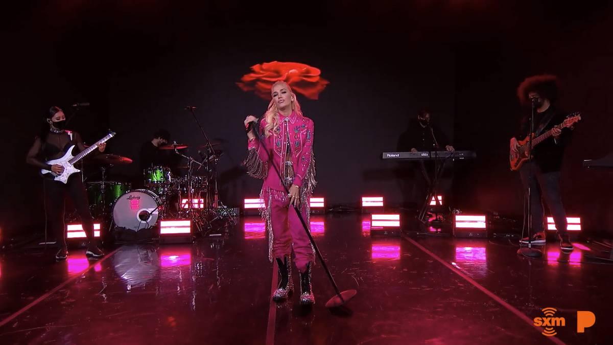 Pandora Live Powered By Women Featuring Gwen Stefani And Jazmine Sullivan