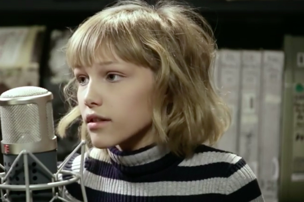 Grace VanderWaal Covers Ed Sheeran