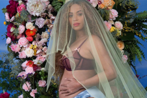 Beyonce Is Pregnant With Twins!!