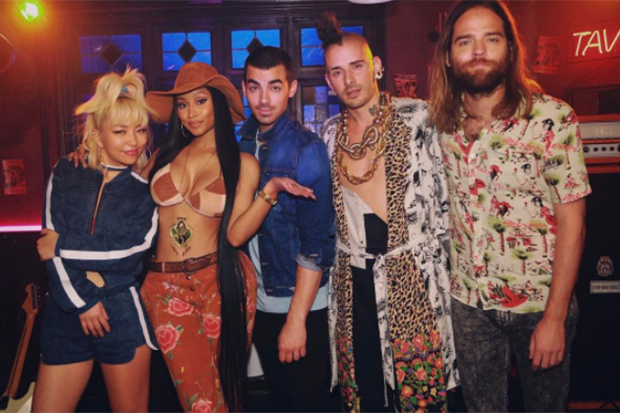 "DNCE & Nicki Announce ""Kissing Strangers"""
