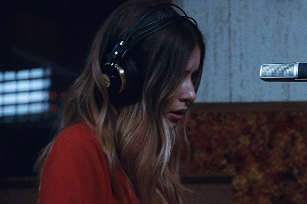 """Haim Releases """"Right Now"""" Video"""