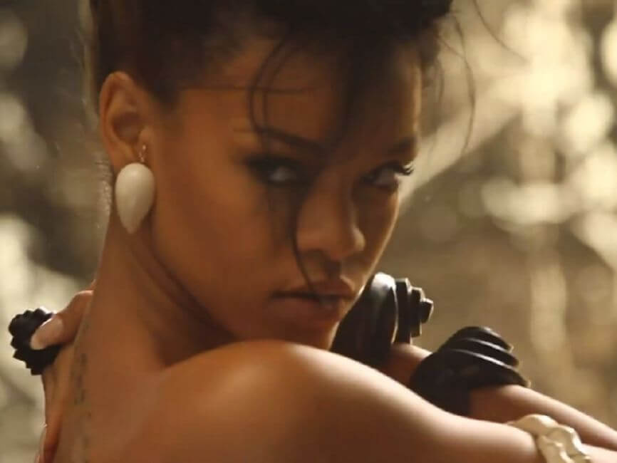 Rihanna – Where Have You Been (2011)
