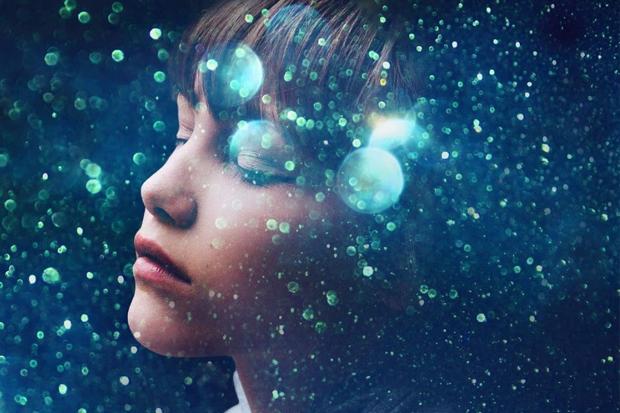 Grace VanderWaal's 'Moonlight'