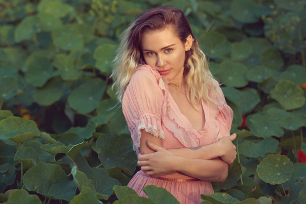 Miley Announces New LP 'Younger Now'