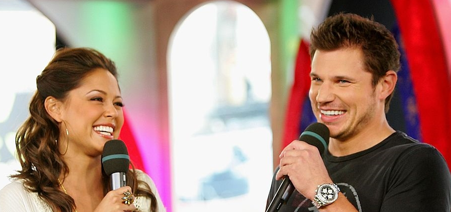 VJ Vanessa Minnillo Falls In Love With Nick Lachey