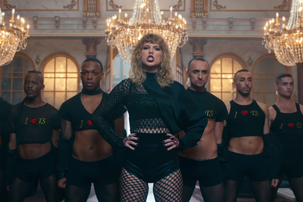 Beyhive Rips Taylor Swift's Director For Saying Beyoncé Copied 'Bad Blood' Video