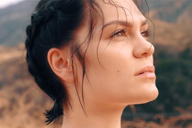 Jessie J Teases New LP 'R.O.S.E.'