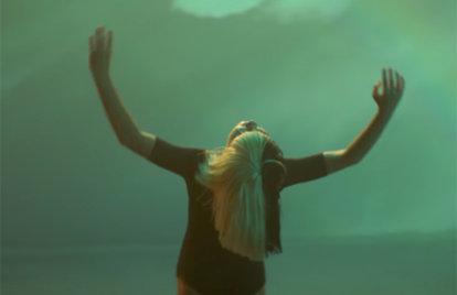 Maddie Ziegler Returns For Sia's