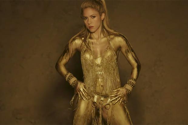 Shakira's Sexy 'Perro Fiel' Video
