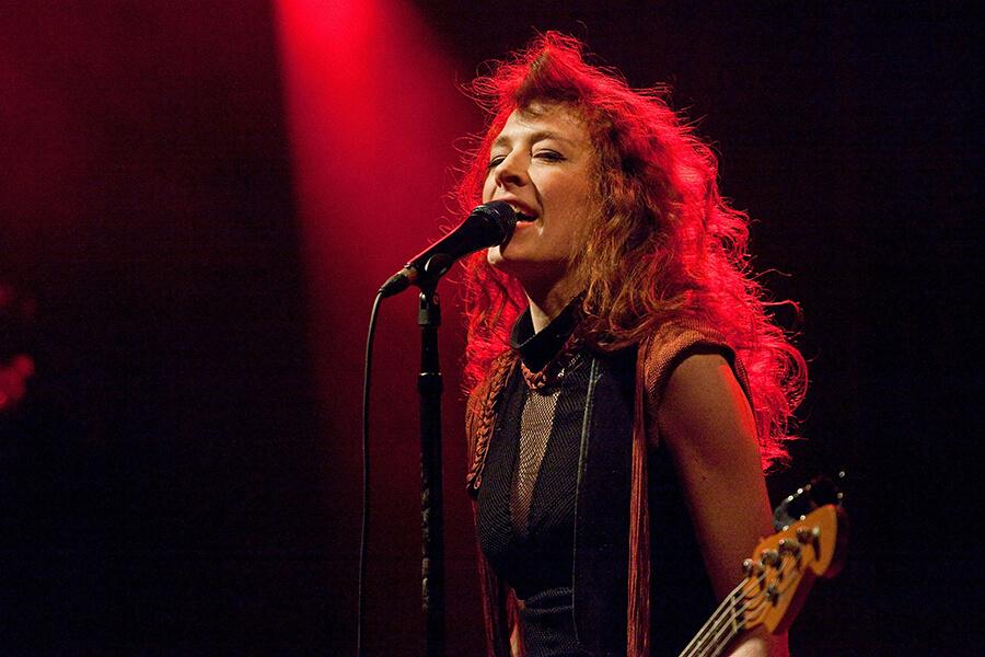 Melissa Auf der Maur: The Bassist Everyone Wanted