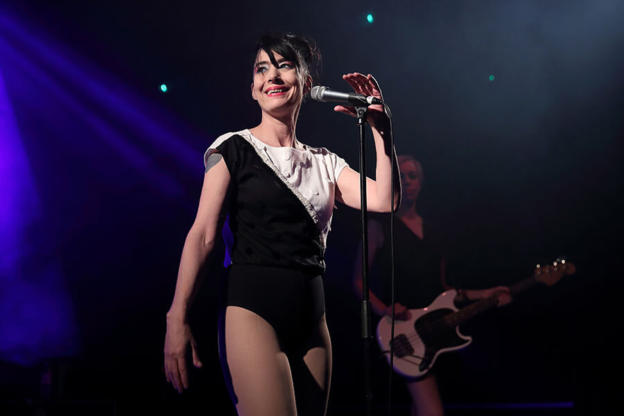 Kathleen Hanna Uses The Spotlight To Support Women's Issues
