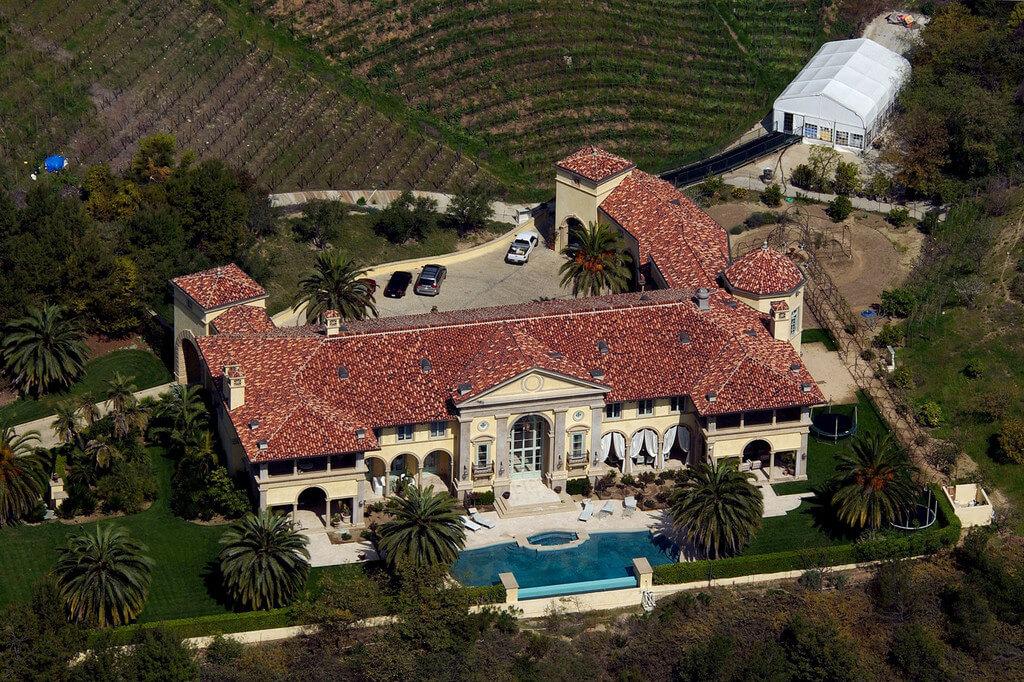 vannawhite-mansion.jpg