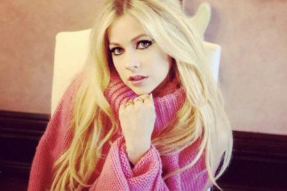 Is Avril Lavigne Releasing New Music In September?