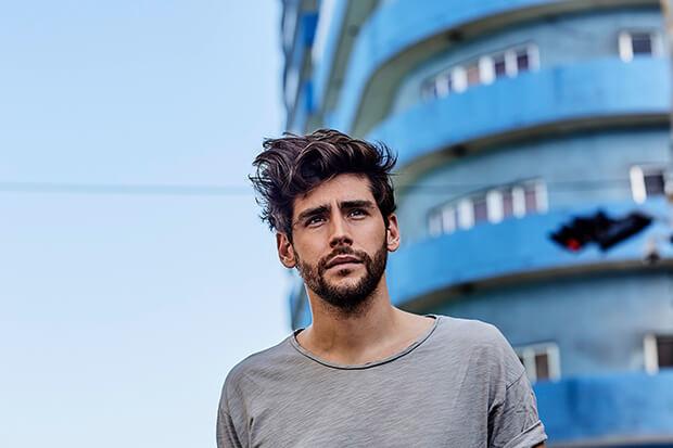 """Alvaro Soler Interview: Breakout Hit """"La Cintura"""" & 'Mar De Colores'"""
