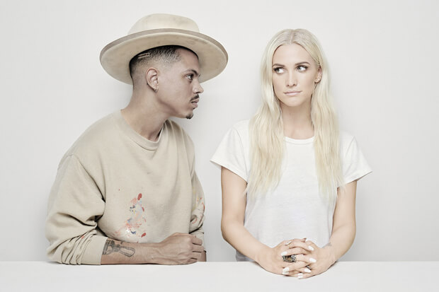 Ashlee + Evan Stream