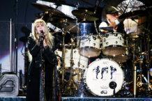 Classic Hits & New Energy: Fleetwood Mac Conquers LA