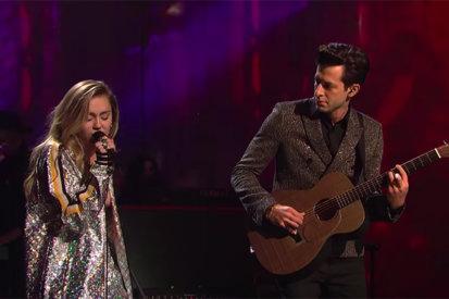 Miley Cyrus & Mark Ronson Nailed Their 'SNL' Performances