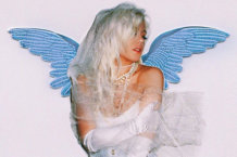 Slayyyter Covers Britney Spears' Seminal