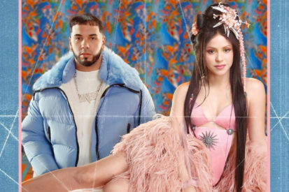 Shakira Links With Anuel AA On