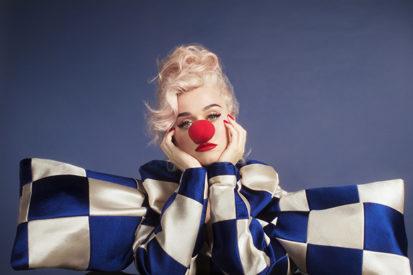 Album Review: Katy Perry's Illuminating 'Smile'