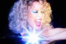 Kylie Minogue Serves