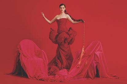 Selena Gomez Announces Spanish EP 'REVELACIÓN'